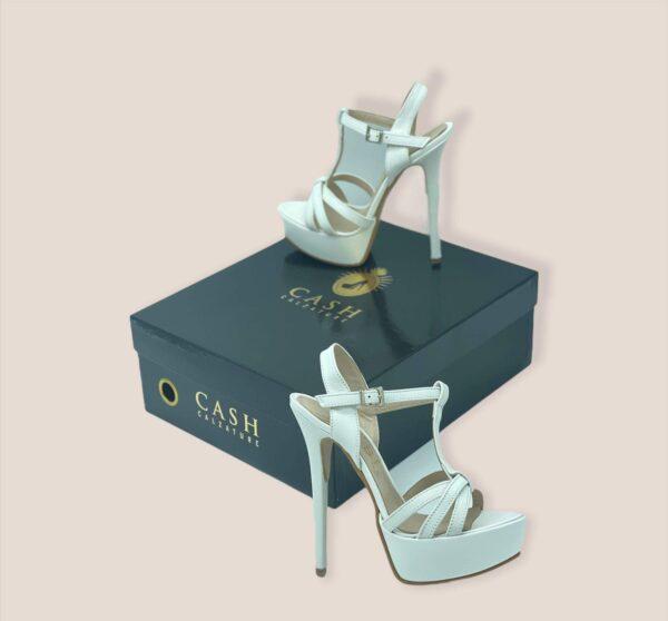 Sandalo impelle bianco.jpg